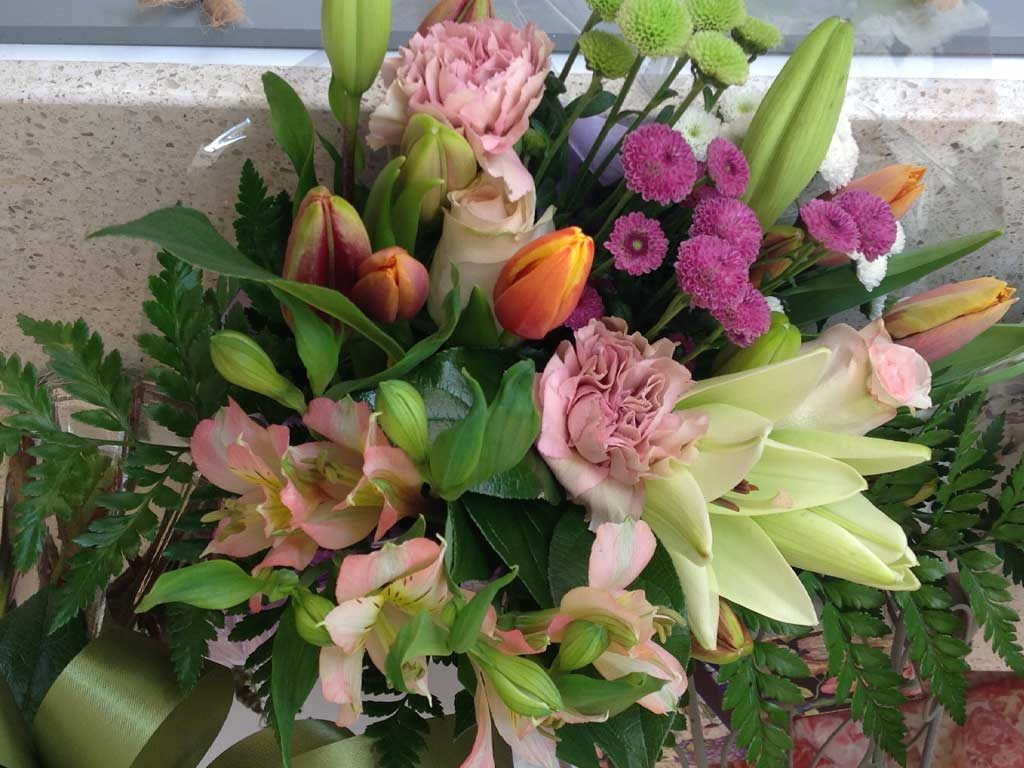 Mother's Day Floral 10